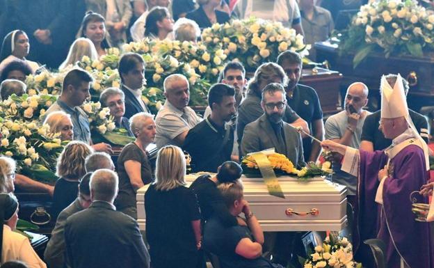 Finalizan las labores de búsqueda en Génova con 43 fallecidos